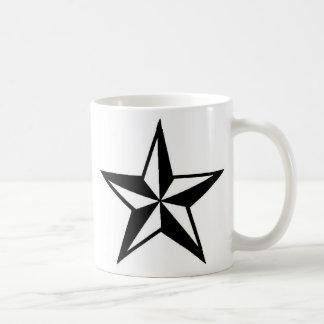 Taza náutica simple de la estrella