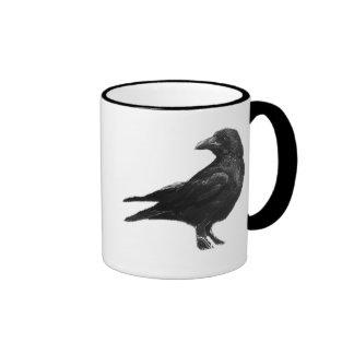 Taza negra de los cuervos