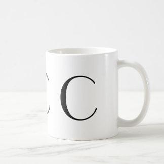 Taza negra del art déco del monograma C