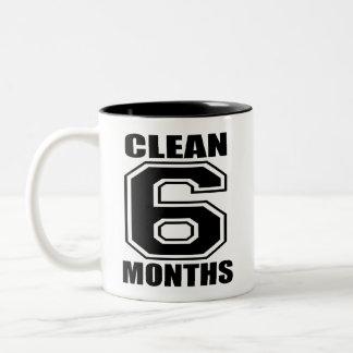 Taza negra limpia de 6 Conths