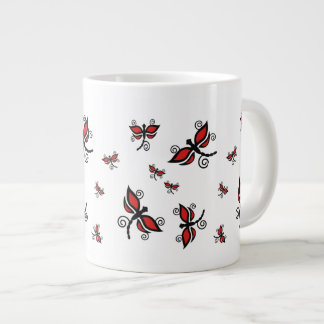 Taza negra y roja del jumbo de las libélulas taza grande