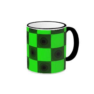 Taza negra y verde