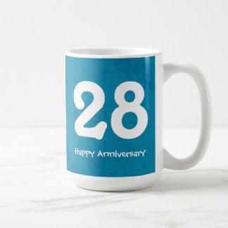 Taza numerada personalizable del aniversario de la