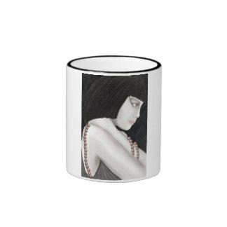 taza original de la señora del art déco del ejempl
