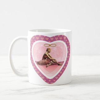 Taza personalizada corazón rosado de la bailarina