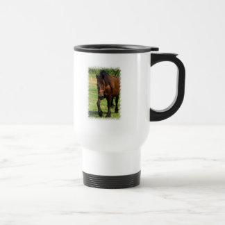 Taza plástica del viaje del caballo de proyecto