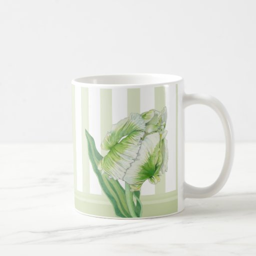 Taza poner crema verde del tulipán