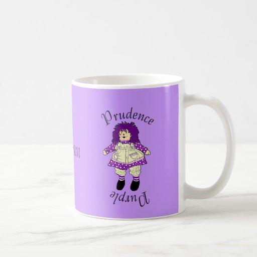 Taza púrpura de la muñeca de trapo -- Púrpura de l