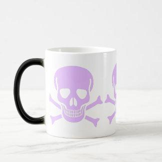 taza púrpura del cráneo