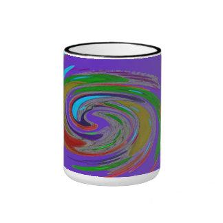 Taza púrpura del monograma del diseño del