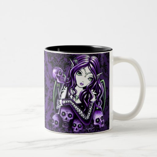 Taza púrpura gótica del Faerie del cráneo de la