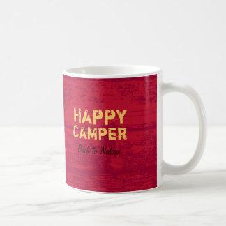 Taza que acampa de encargo rústica del campista co