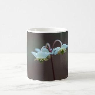 Taza rayada de la taza del Wildflower de