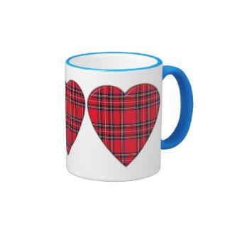 Taza real escocesa del corazón del tartán de