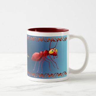 Taza roja de la hormiga