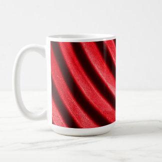 Taza roja de la ondulación