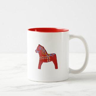 Taza roja del caballo