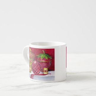 Taza roja del café express de no. 5 de la composic taza espresso
