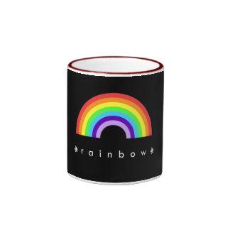 Taza roja del campanero del arco iris