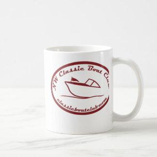 Taza roja del logotipo del club clásico del barco