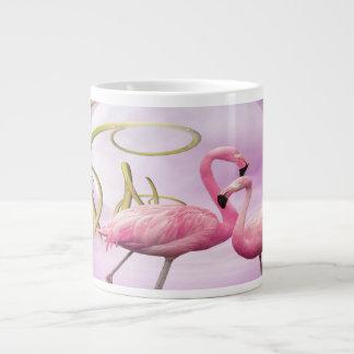 Taza rosada caprichosa del jumbo de los flamencos taza grande