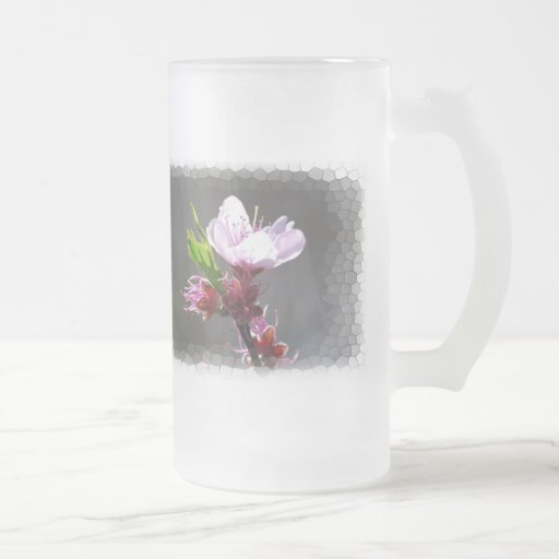 Taza rosada de la flor de cerezo