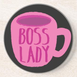 Taza rosada de la señora café de Boss Posavasos Cerveza