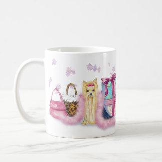 Taza rosada de la taza de café de la boa de plumas
