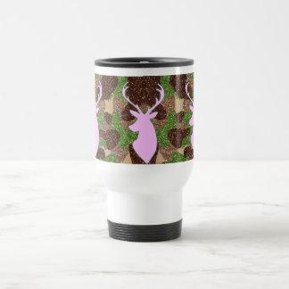 Taza rosada de los ciervos y del viaje del camo de
