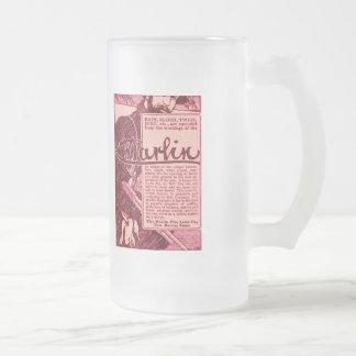 Taza rosada de Stein de la cerveza del anuncio del