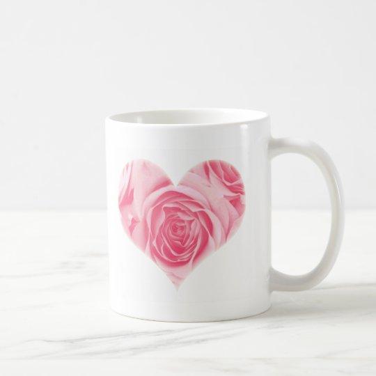 Taza rosada del día de madre subió corazón