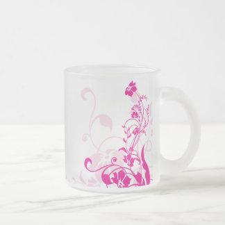 Taza rosada del flourish