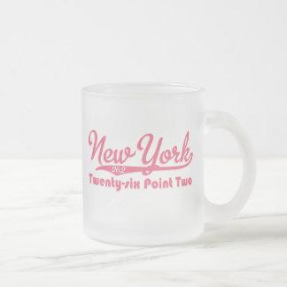 Taza rosada del vidrio esmerilado del maratón de N