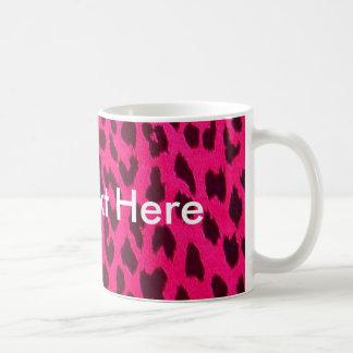 Taza rosada llana del estampado leopardo