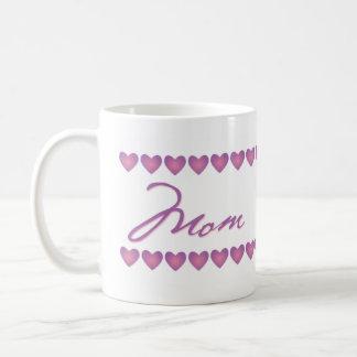 Taza rosada y violeta de la mamá de los corazones