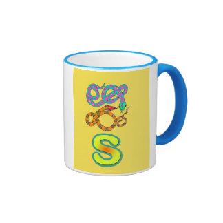 Taza/s-serpiente del alfabeto taza de dos colores