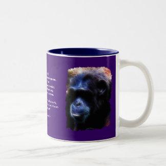 Taza salvaje del poema del chimpancé y de la fauna