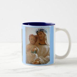 Taza santa de la madre y del niño
