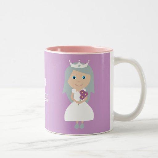 Taza sobria bonita de la princesa
