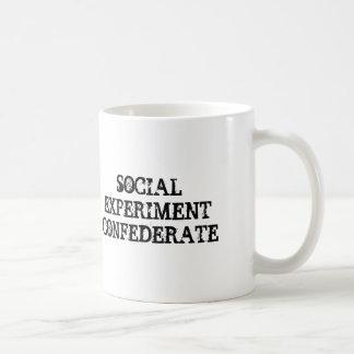 Taza social del confederado del experimento