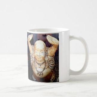 taza sonriente de Buda