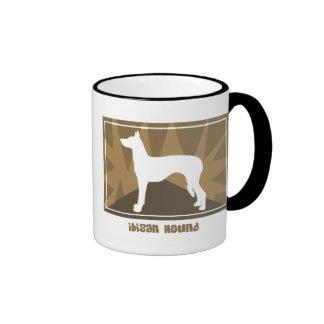 Taza terrosa del perro de Ibizan