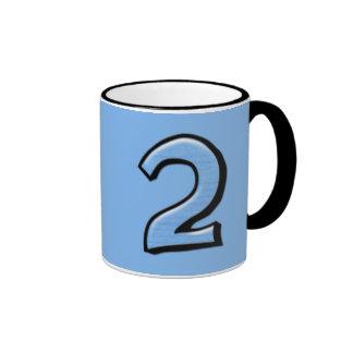 Taza tonta del azul de los números 2