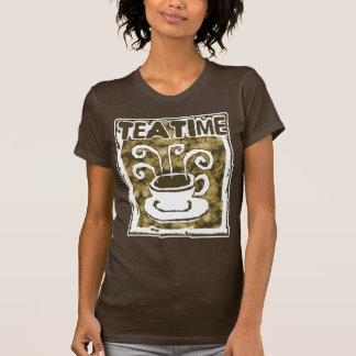 Taza tórrida del tiempo del té de té camisetas