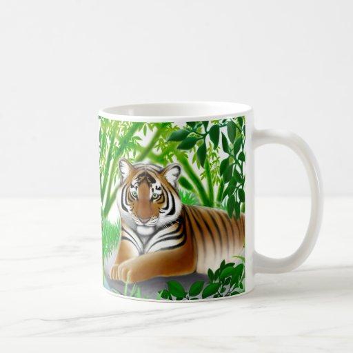 Taza tranquila del tigre