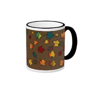 TAZA trasera del diseño de las hojas de otoño del