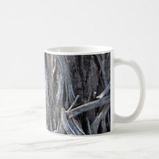 Taza trenzada del metal plateado