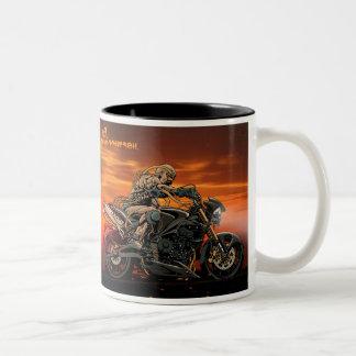 Taza triple de la motocicleta