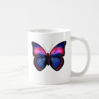 Taza tropical exótica de la mariposa