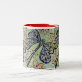 Taza verde de la libélula